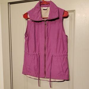 Columbia size small zip up vest.